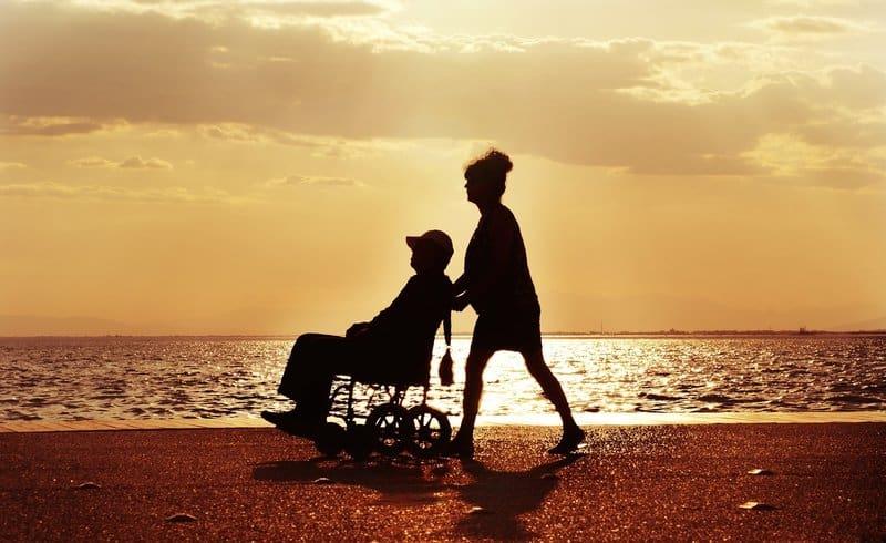 Treatment options for Parkinsons's disease